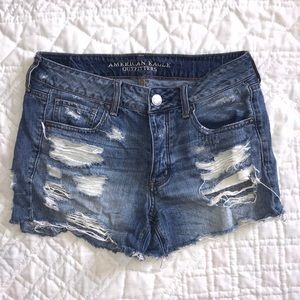 AEO distressed Tomgirl shorts